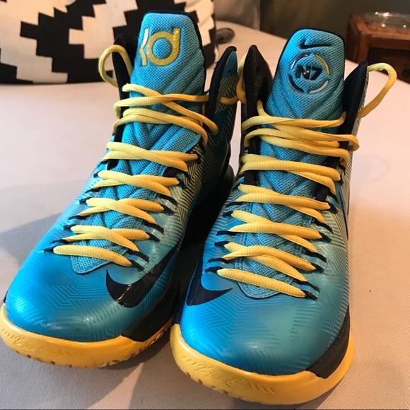 buy popular ef3f8 850fc Kevin Durant KD V N7 Shoes. M 5a96c1123a112e92a280535e